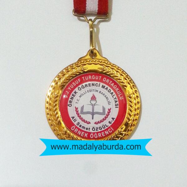 örnek-öğrenci-madalyası