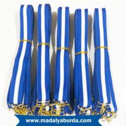 mavi-beyaz-madalya-kurdelesi