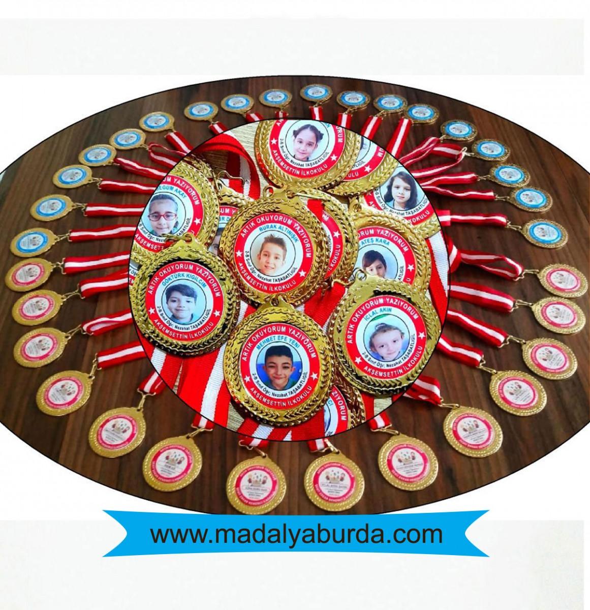 Resimli İsimli Madalya
